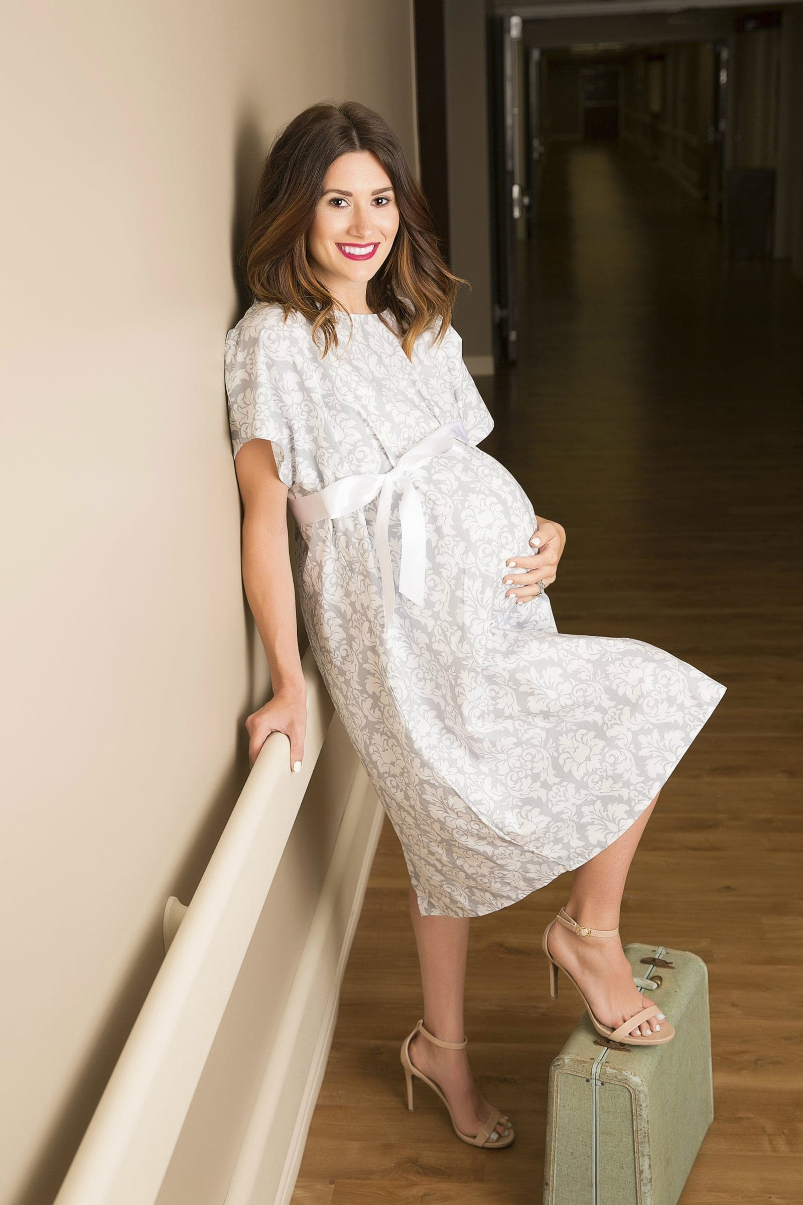 Maternity Delivery Gowns - Grey Damask Sexy Mama Posh Pusher