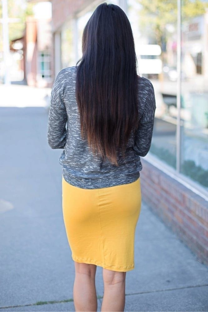 cute maternity skirt