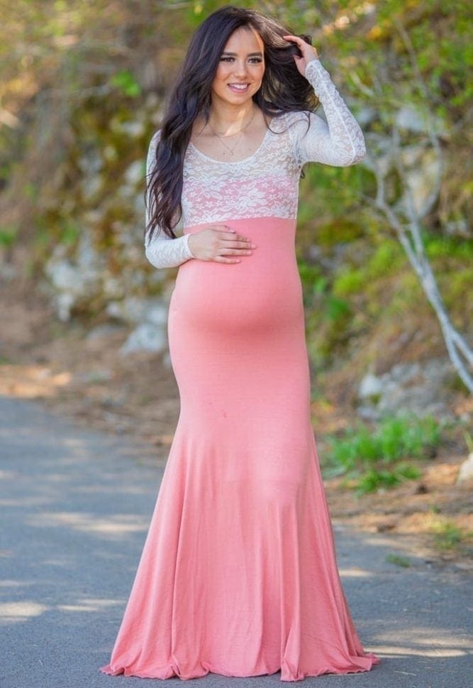 sweetheart lace maternity gown