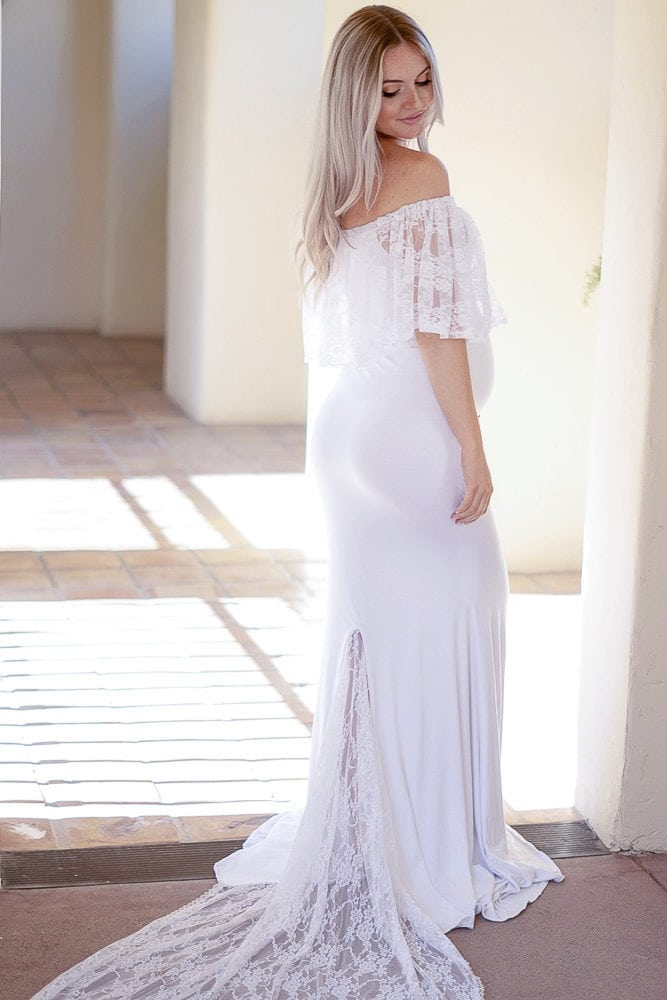 Pregnant Wedding Dress.Off The Shoulder Wedding Gown With Lace Train
