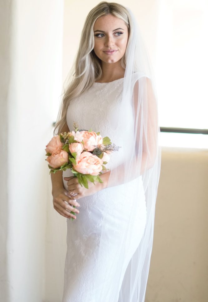 lace pregnancy wedding gown