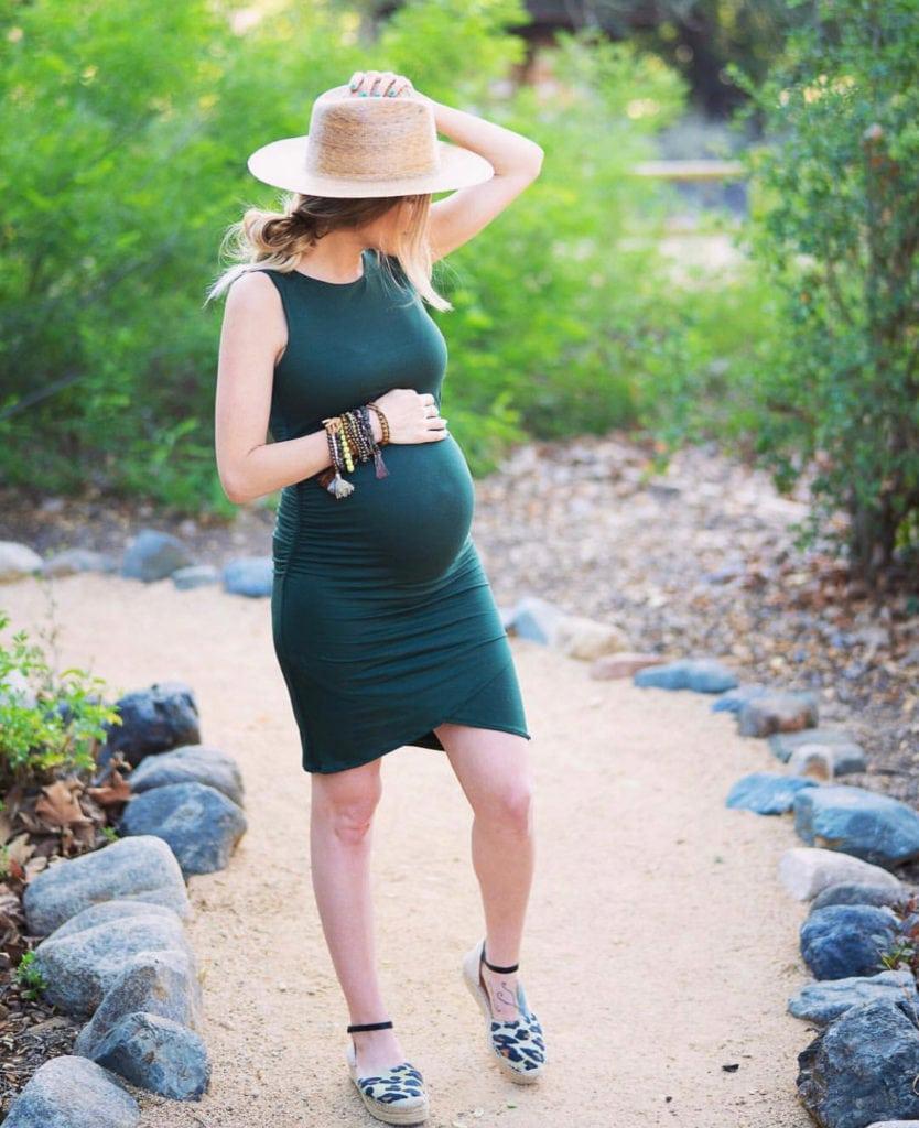 flattering maternity dresses
