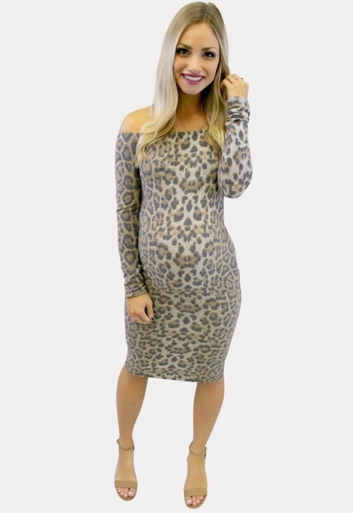 off shoulder Leopard maternity dress