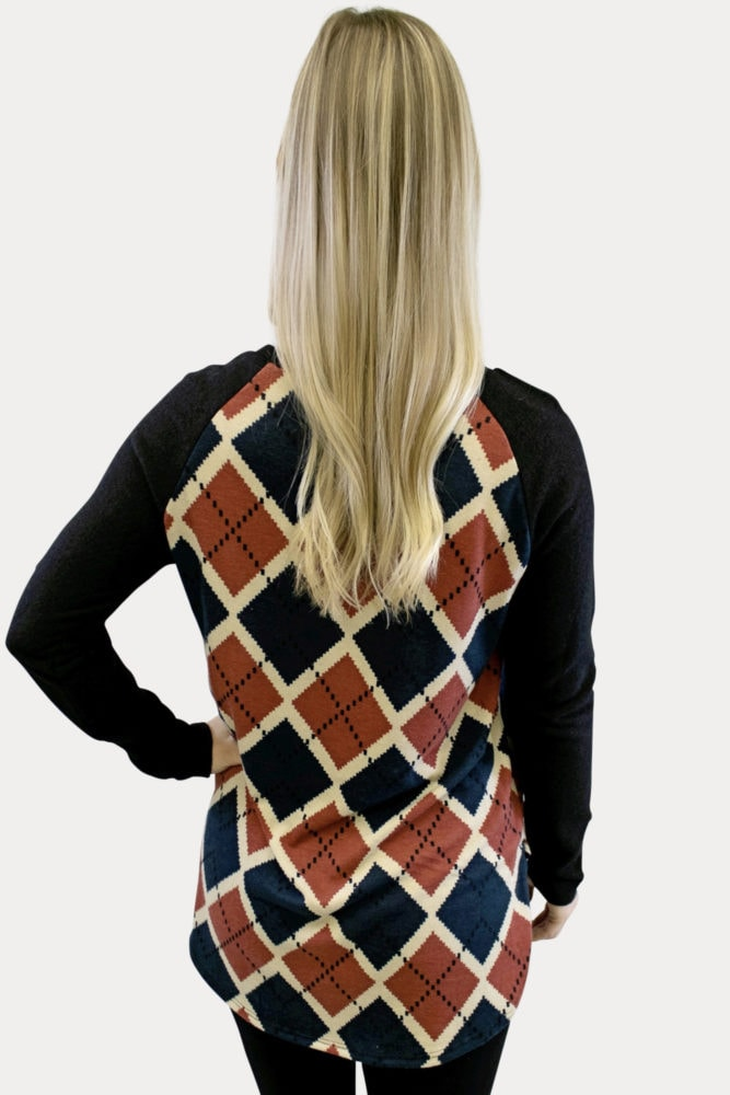geometric plaid pregnancy top