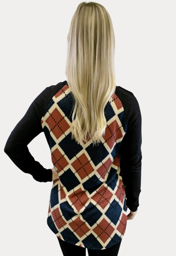 geometric plaid pregnancy top