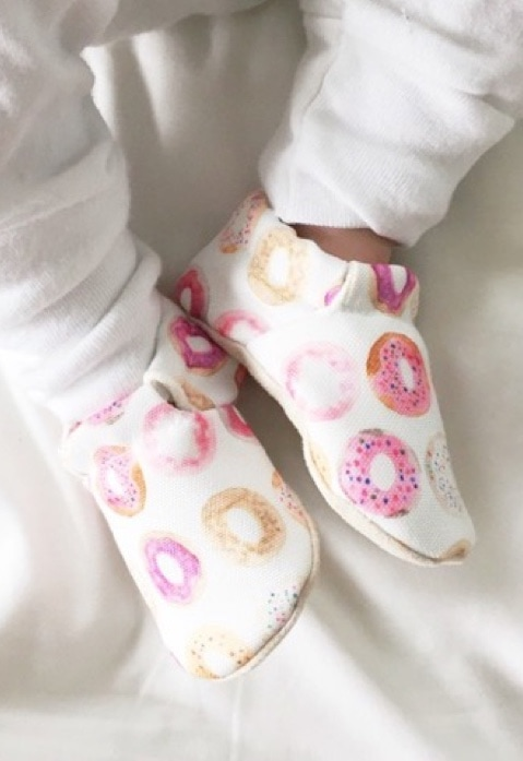 donut print baby shoes