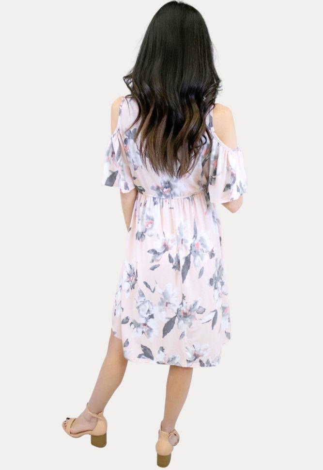 flowy blush maternity dress