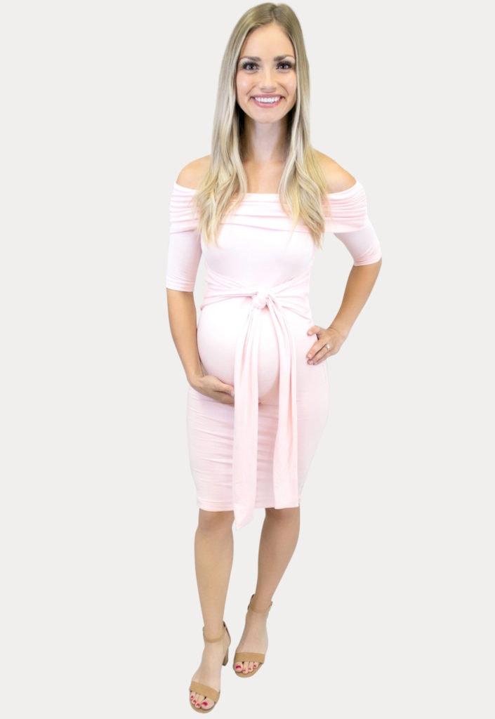 trending maternity dresses