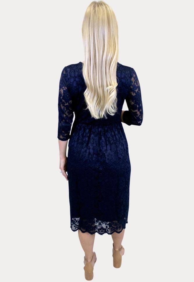lace sweetheart maternity dress