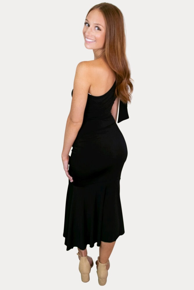 single shoulder maternity dress