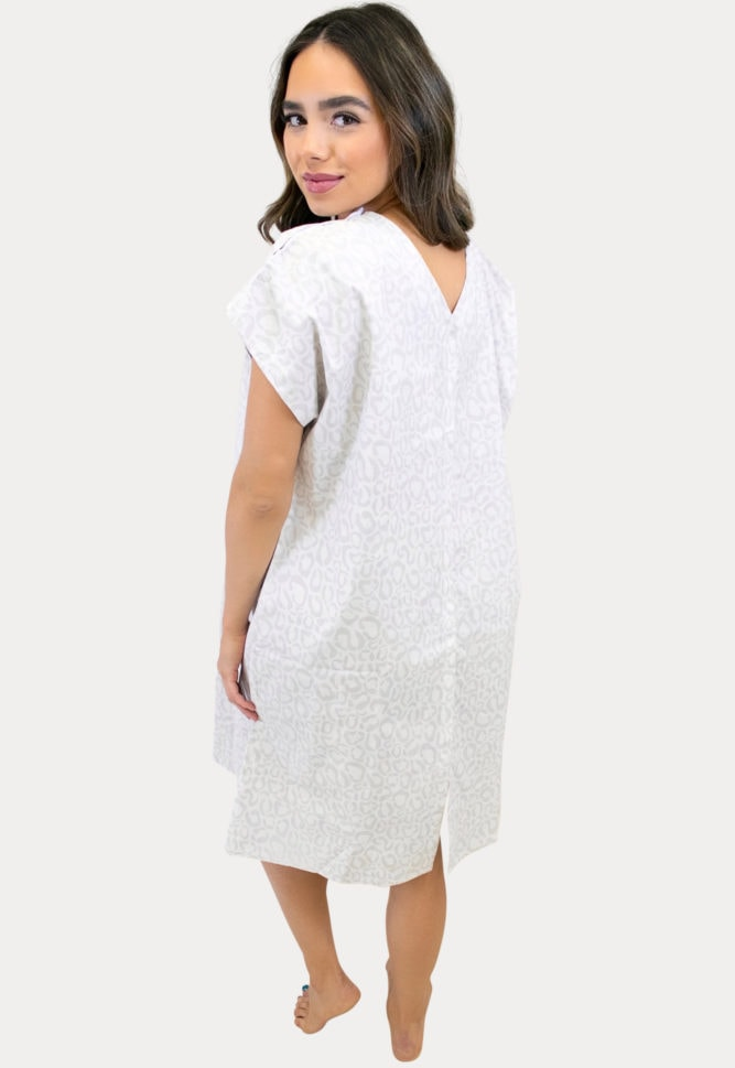 hospital birthing gown