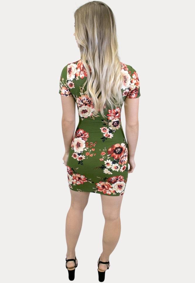 green short sleeve maternity dress