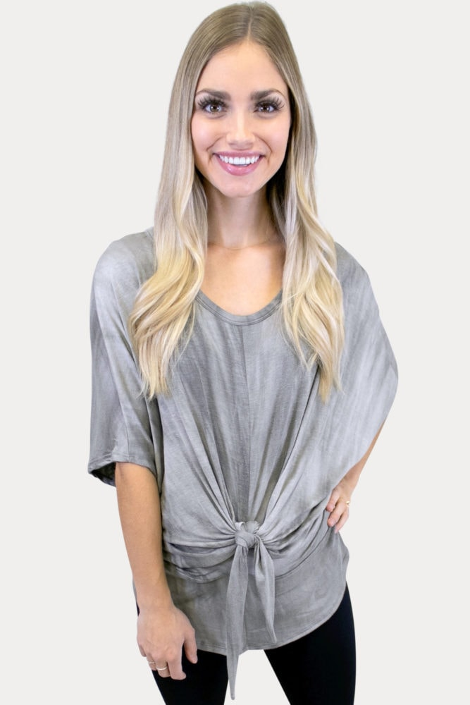 tie front maternity tee