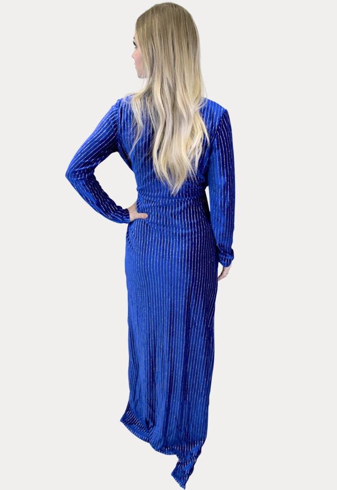 elegant maternity maxi dress