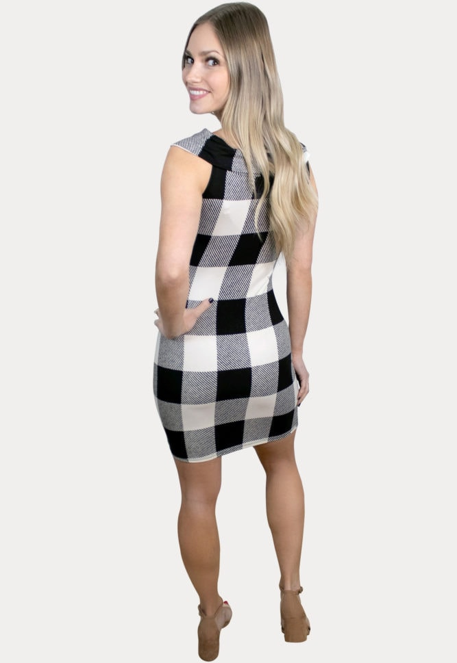 sleeveless plaid maternity dress
