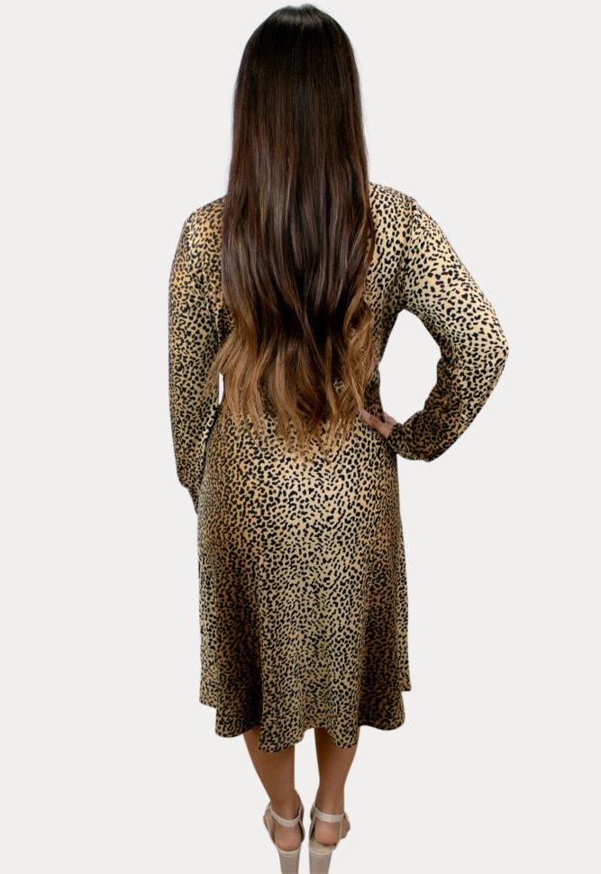sweetheart leopard maternity dress