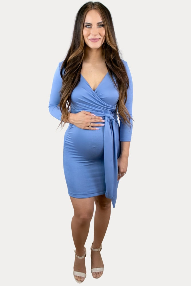 sweetheart tie front maternity dress