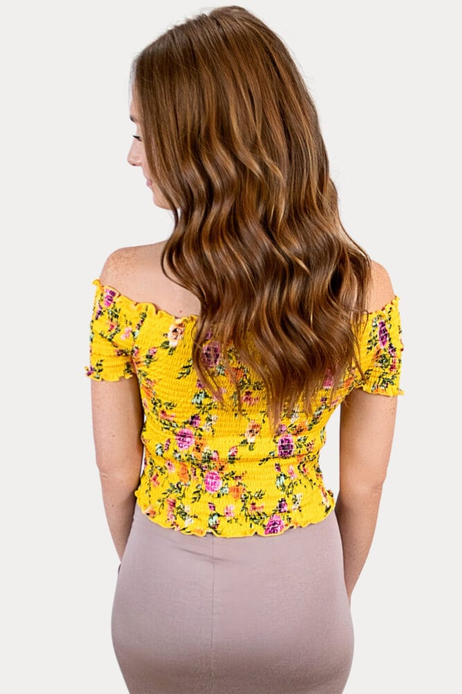 floral maternity crop