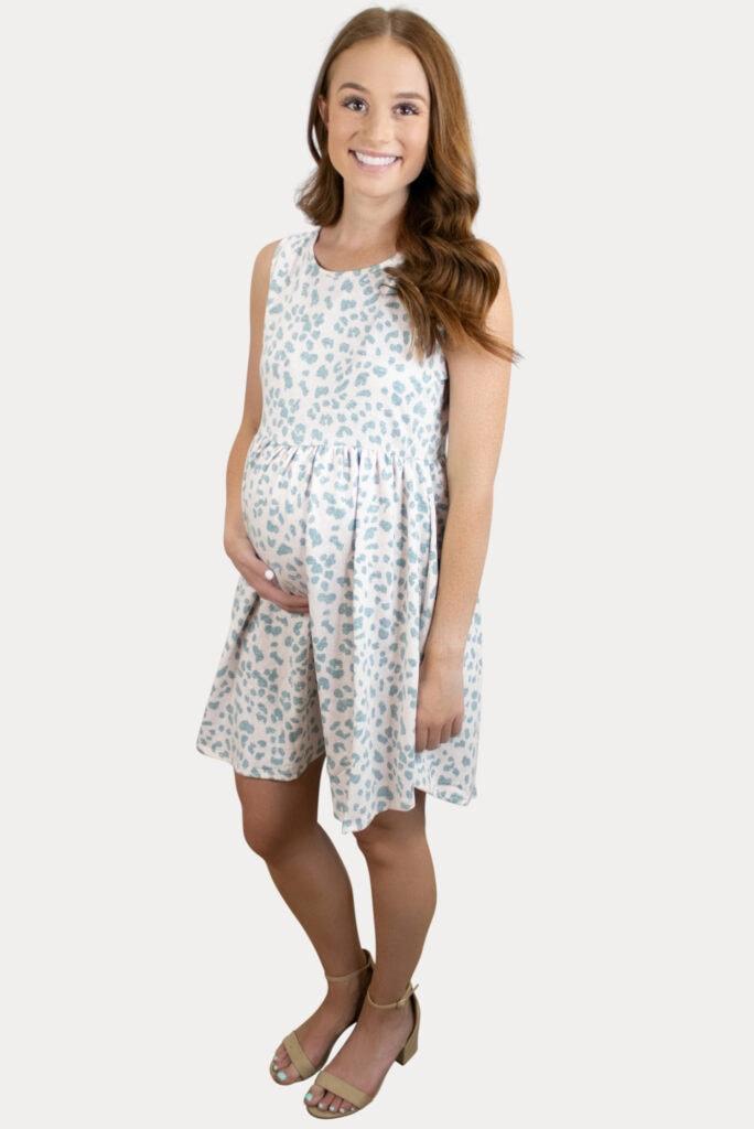 sleeveless leopard print maternity dress