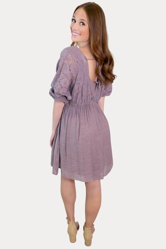 lace sleeve pregnancy dress